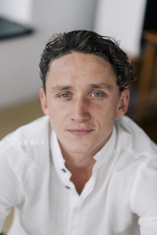 Aaron Friesz